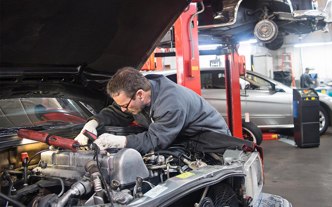 Instructions to Find An Experienced Auto Mechanic For Car Repair