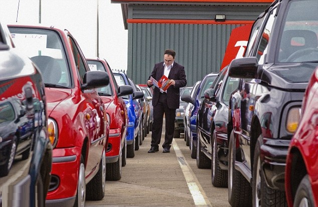 Car Dealer Auctions – Do I Have to Be a Dealer to Attend One?