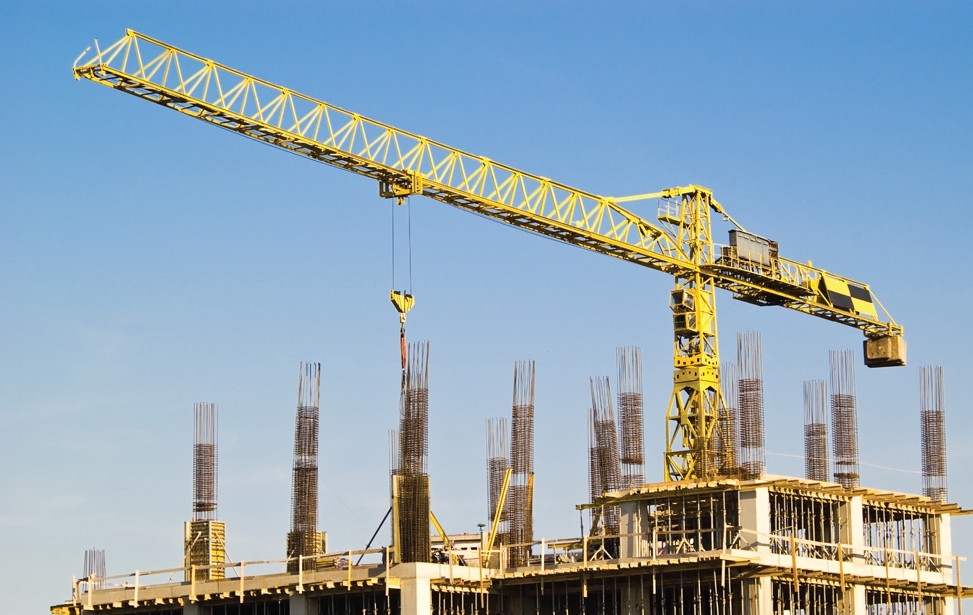 The Various Types of Industrial Cranes